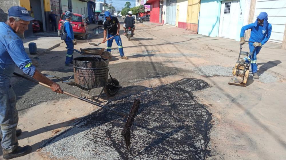 Zigomar Filho determina operação tapa-buracos na Rua Rio Barbosa